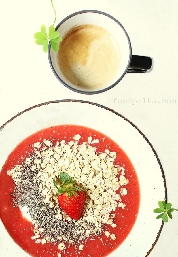 02 21 15 strawberry oatmeal breakfast (1c) FP