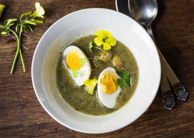 Sorrel-Soup-Overhead