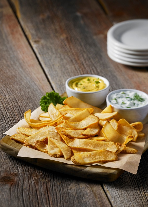 Weston Lambs food stylist los angeles Potato_Crisps_with_dips_plates_F
